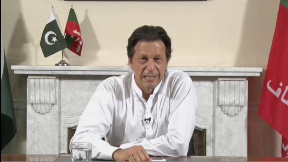 Imran Khan Pakistan will hit back if India strikes