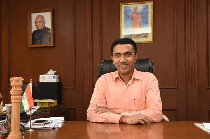 Pramod Sawant-ayurveda practitioner, sworn in as new Goa CM